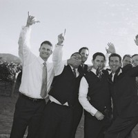 Flowers & Decor, Vineyard, Groomsmen