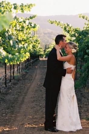 Flowers & Decor, Vineyard, Bride and groom