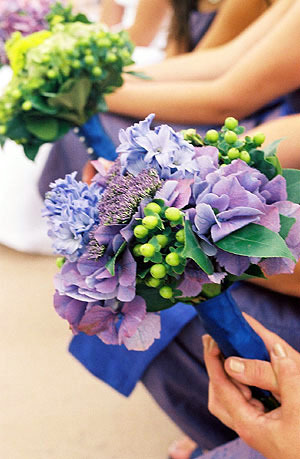 Flowers & Decor, purple, Flowers, Contemporary catering and event planning services, Contemporary catering