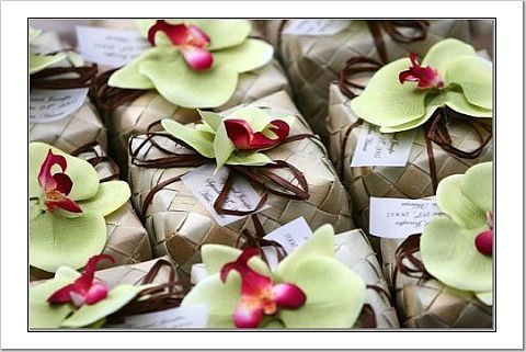 Favors & Gifts, green, brown, Favors