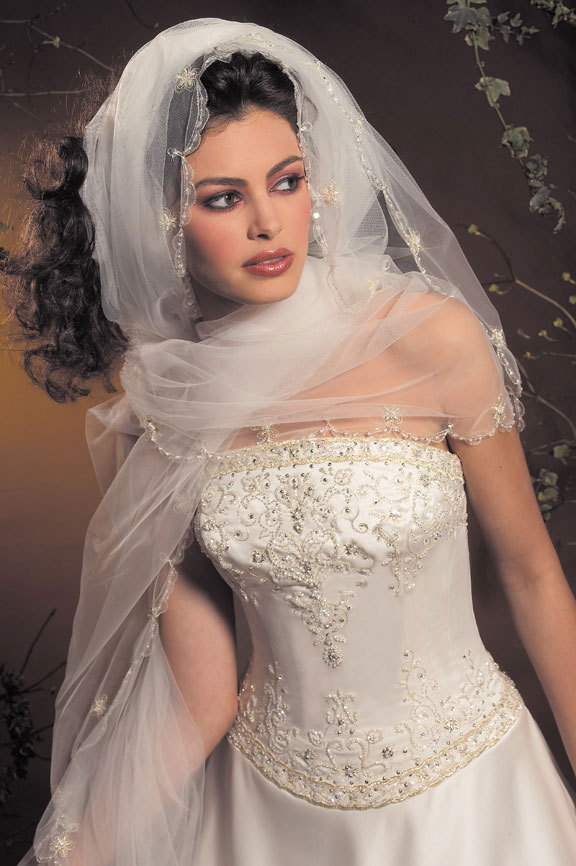 Wedding Dresses, Veils, Fashion, dress, Veil, Beading, Allure Bridals, Beaded Wedding Dresses