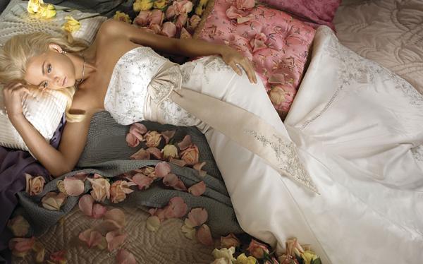 Wedding Dresses, Fashion, dress, Jim hjelm, Strapless, Strapless Wedding Dresses, Beading, Sash, Beaded Wedding Dresses