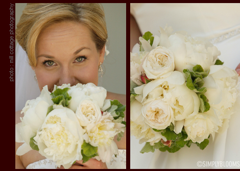 Flowers & Decor, white, Bride Bouquets, Flowers, Bouquet, Simply blooms