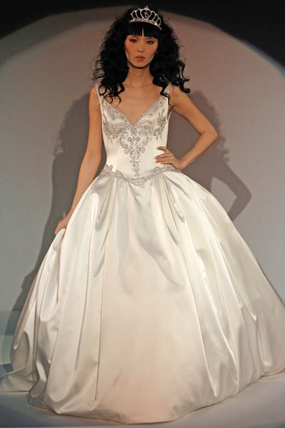 Wedding Dresses, Ball Gown Wedding Dresses, Fashion, dress, V-neck, V-neck Wedding Dresses, Ballgown, Kenneth pool