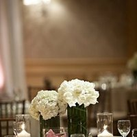 Centerpieces, Classic Wedding Flowers & Decor