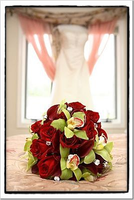 red, green, Bouquet, Orchid, Rose