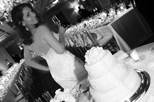 Reception, Flowers & Decor, Wedding Dresses, Cakes, Fashion, cake, dress, Bride, Wedding, Elegance