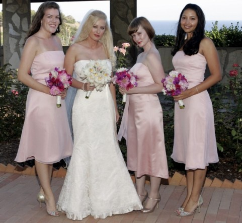 Bridesmaids, Bridesmaids Dresses, Fashion, pink, Bouquets