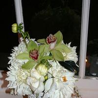 Ceremony, Reception, Flowers & Decor, Decor, green, Ceremony Flowers, Centerpieces, Modern, Flowers, Modern Wedding Flowers & Decor, Centerpiece, Black and white, La partie events