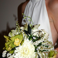 Ceremony, Flowers & Decor, Decor, Bridesmaids Dresses, Wedding Dresses, Fashion, green, dress, Ceremony Flowers, Bride Bouquets, Bridesmaid Bouquets, Modern, Flowers, Modern Wedding Flowers & Decor, Bouquet, Bridesmaid, Black and white, La partie events, Modern Wedding Dresses, Flower Wedding Dresses