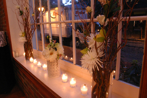 Ceremony, Reception, Flowers & Decor, Decor, green, Ceremony Flowers, Centerpieces, Modern, Flowers, Modern Wedding Flowers & Decor, Centerpiece, Black and white, La partie events