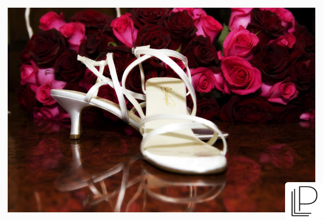 Flowers & Decor, Shoes, Fashion, Flowers, Portrait, Shoe, Color, Flower Wedding Dresses