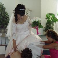 Getting ready, Wedding dress