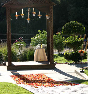 Ceremony, Flowers & Decor, Arch, Hanging flowers