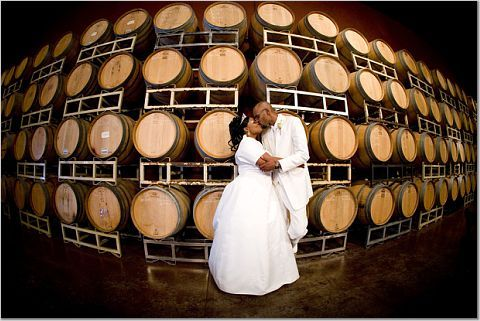 Couple, Palm event center, Wine barrels