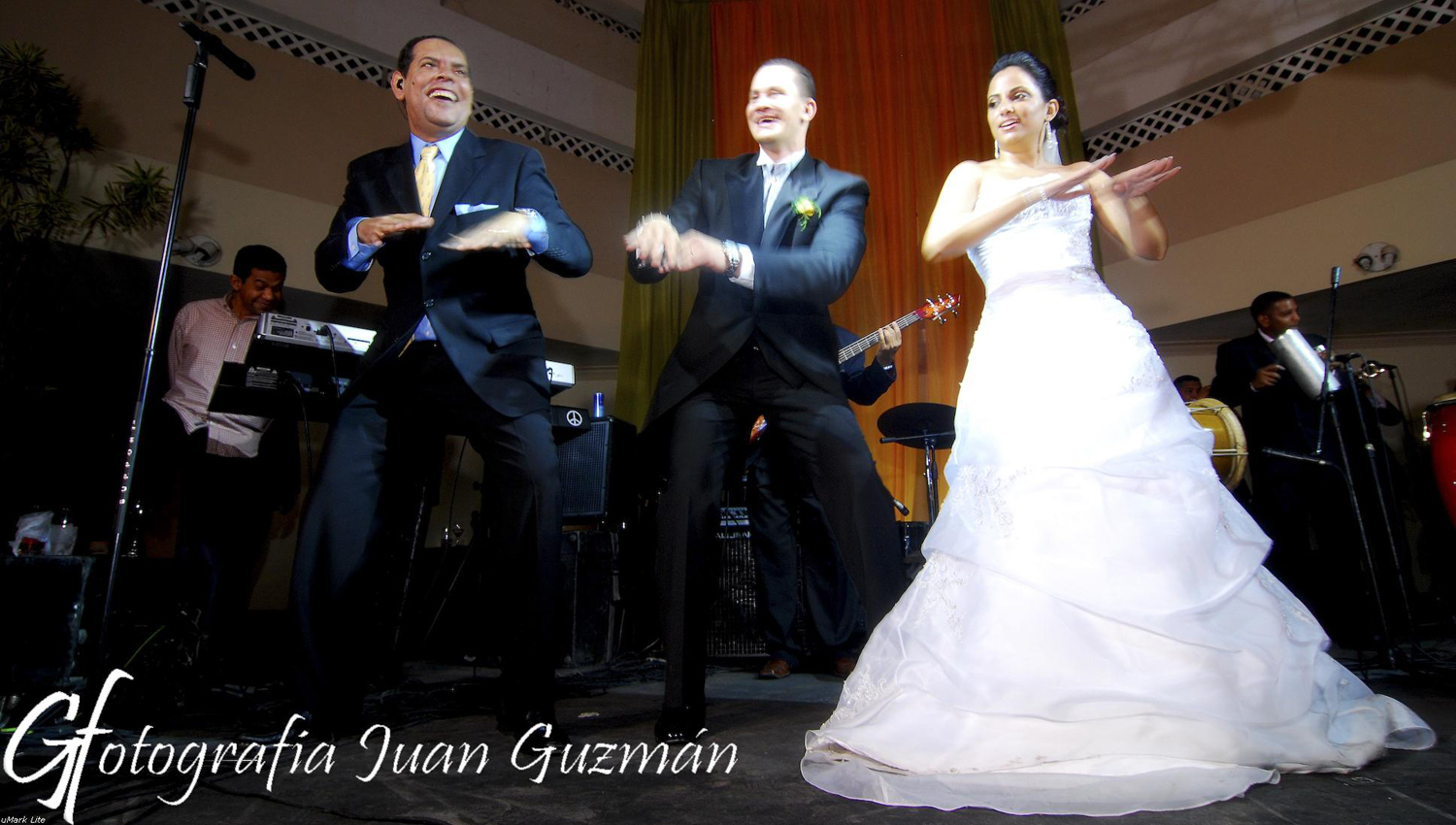 Reception, Flowers & Decor, Dancing, Music, Juan guzman