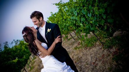 Bride, Groom, Wedding, And, Winery, Jacuzzi