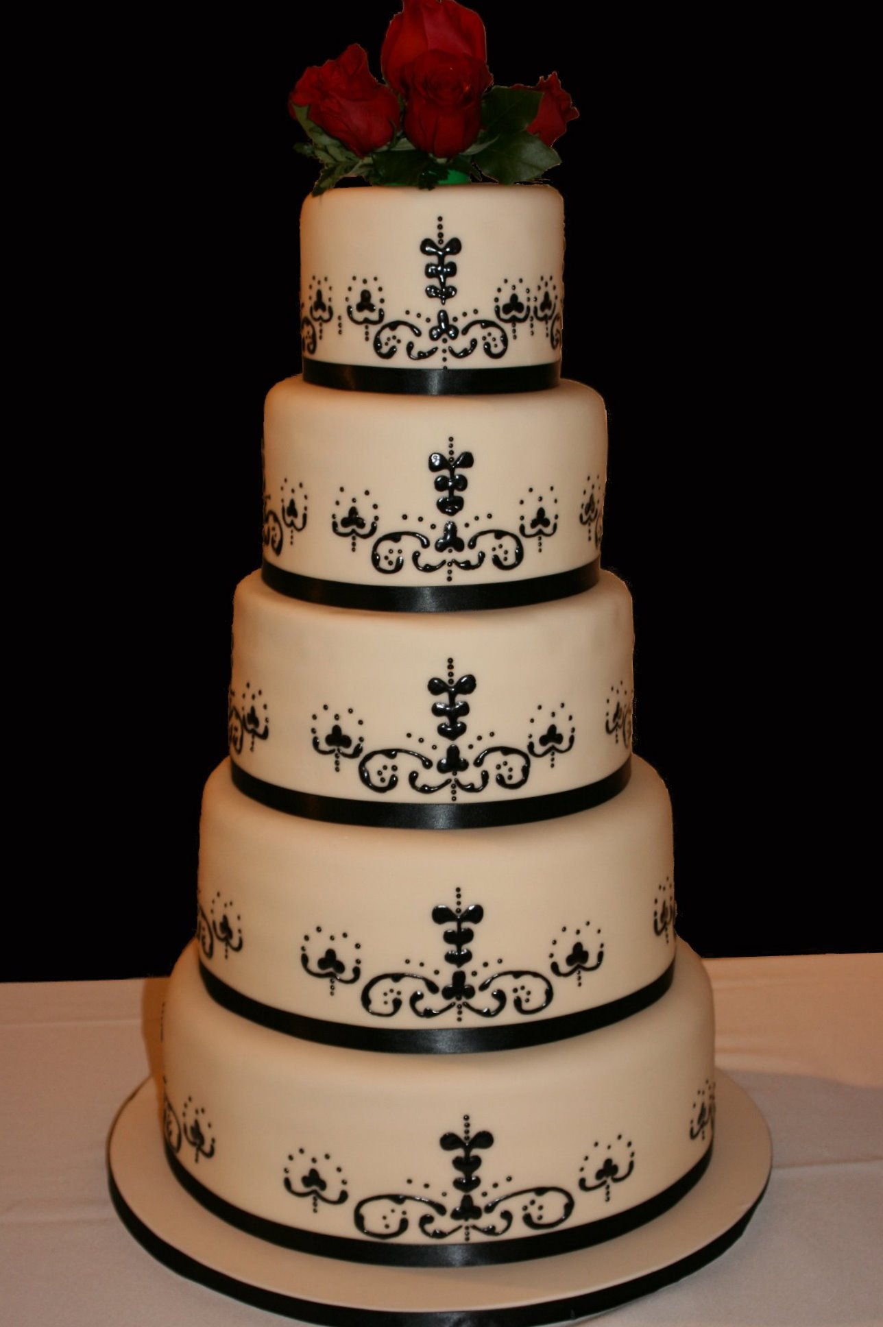 Cakes, ivory, black, cake, Wedding, Fondant, Creative cakes and cookies, Piping