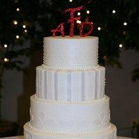 Cakes, cake, Monogrammed Wedding Cakes, Monogram, Wedding, Fondant, Buttercream, Creative cakes and cookies