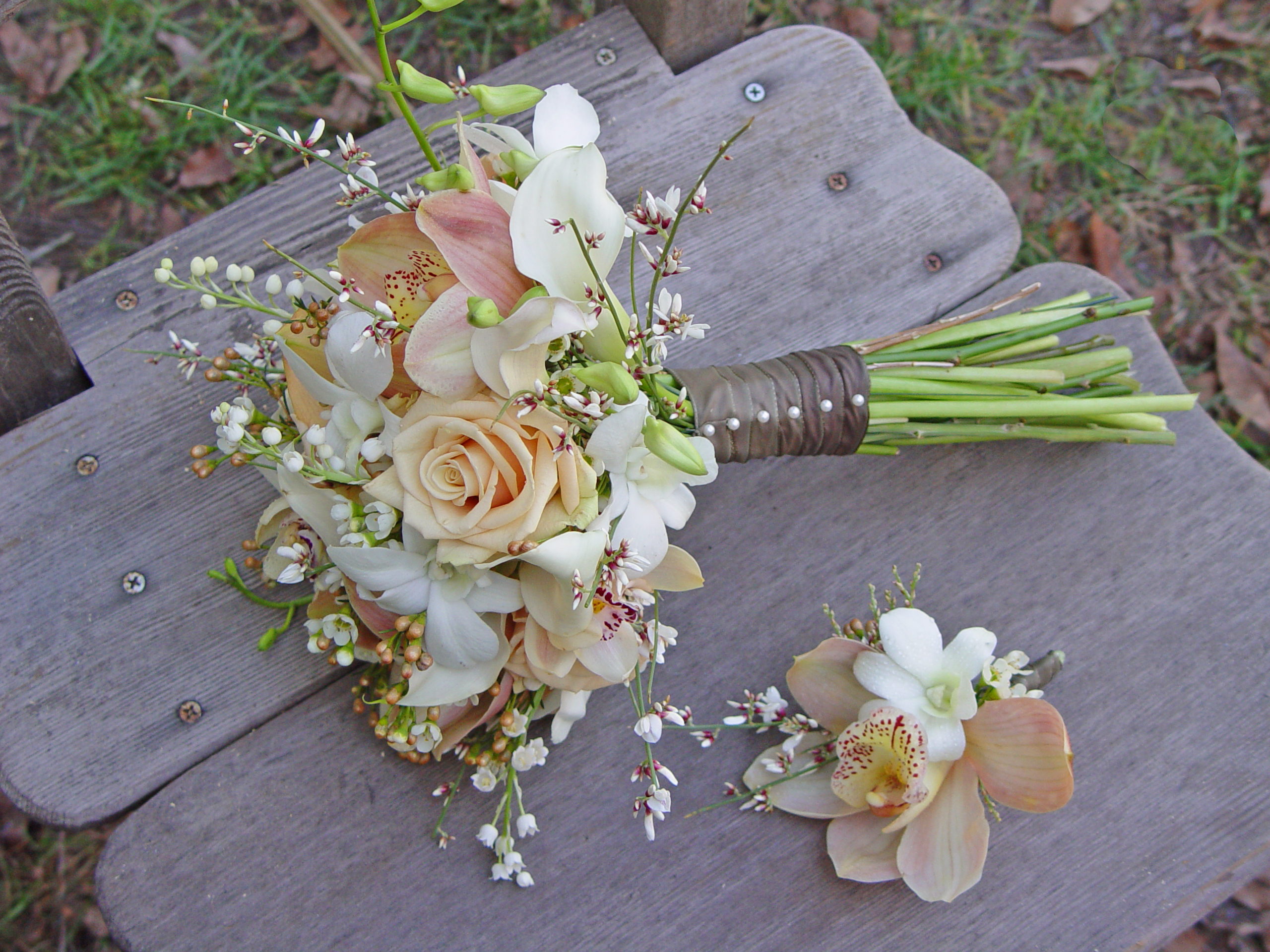 Bride Bouquets, Garden Wedding Flowers & Decor, Spring Wedding Flowers & Decor