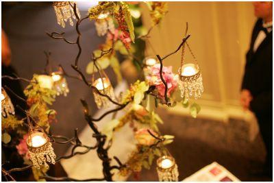 Flowers & Decor, Centerpieces, Candles, Flowers, Centerpiece