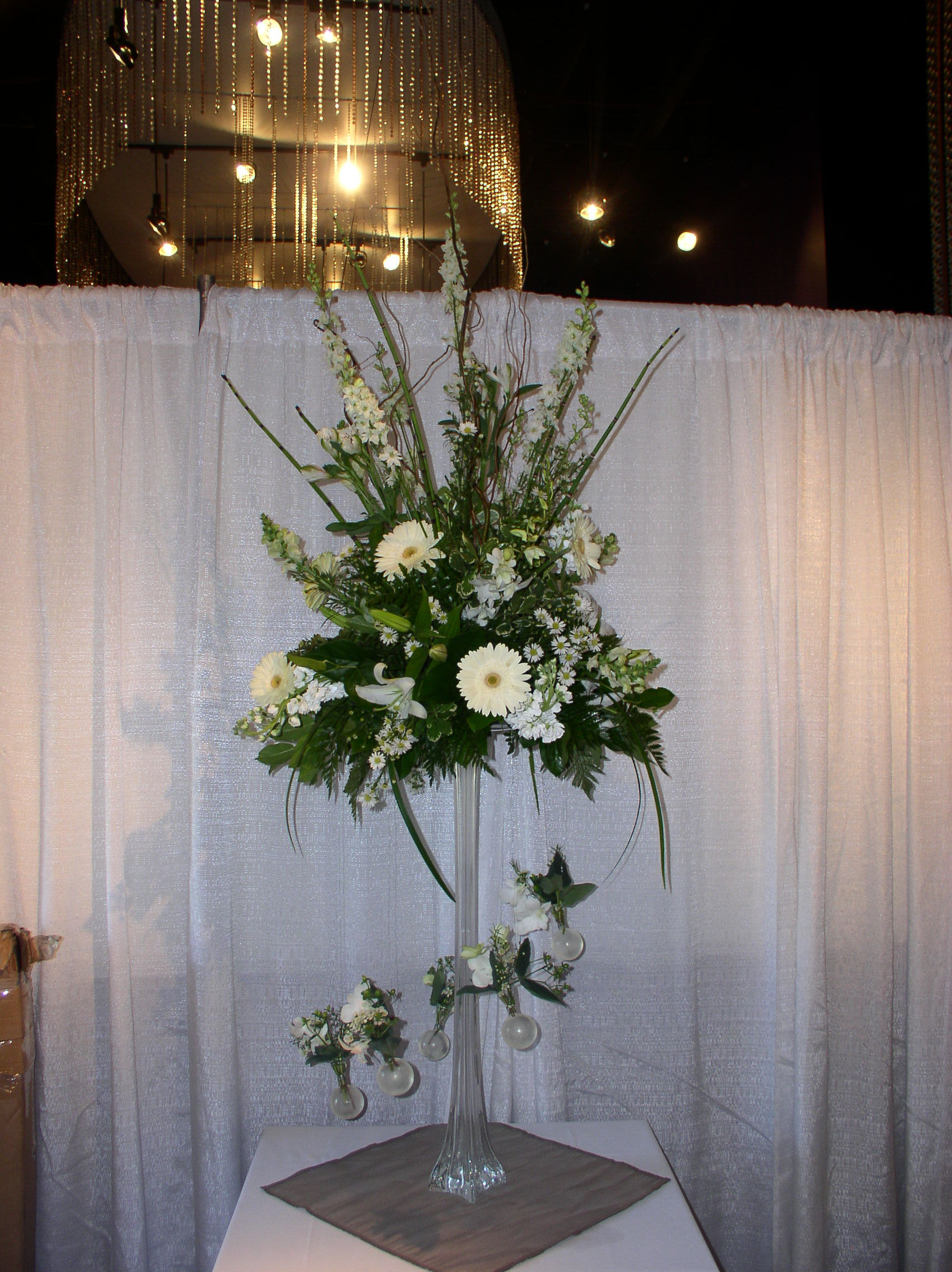 Flowers & Decor, Flower, Centerpiece, Tall, The flower alley