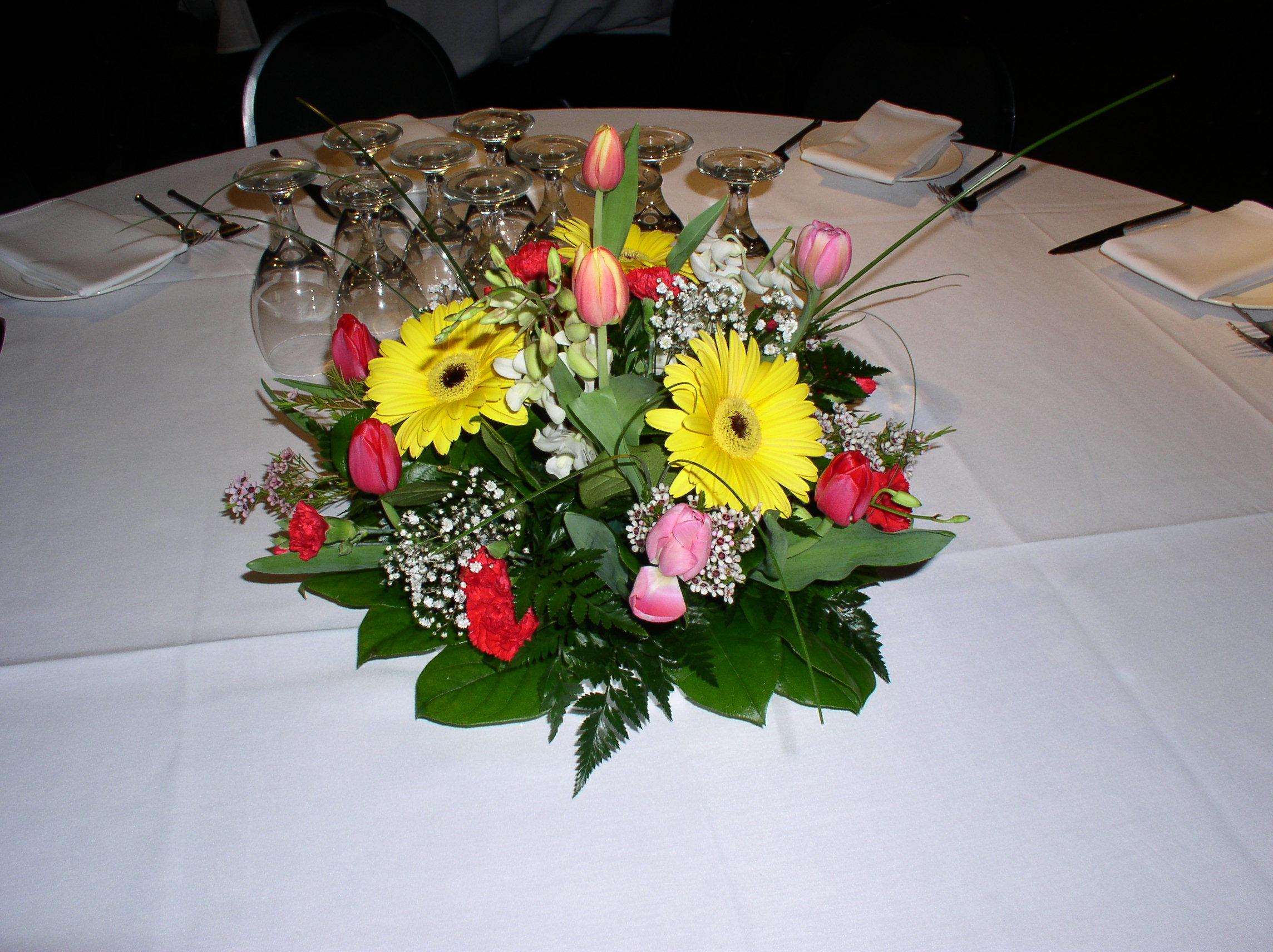 Centerpiece, The flower alley