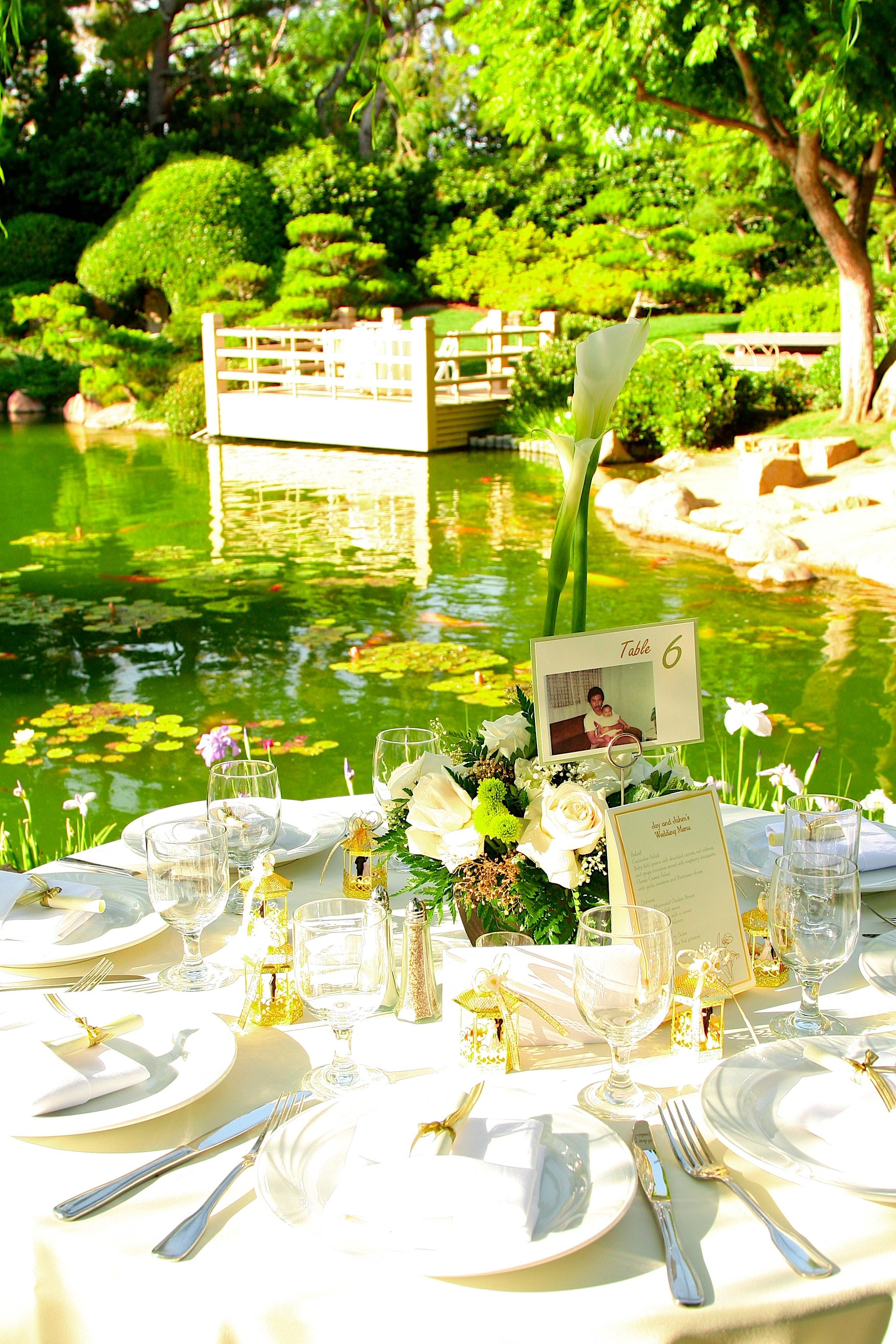 Reception, Flowers & Decor, Favors & Gifts, green, gold, Favors, Flowers