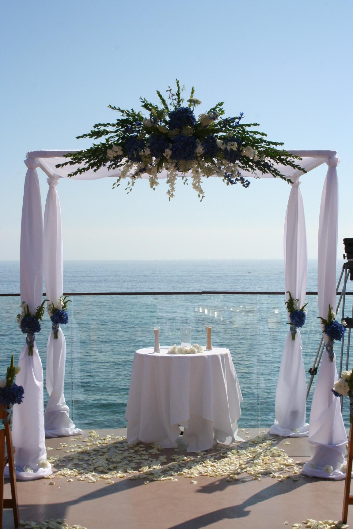Ceremony, Flowers & Decor, white, blue, green, Ceremony Flowers, Flowers, Unique, Floral, Designer, Ocean, Design, Florist, Sea, Maria, Masterson, Hoopa