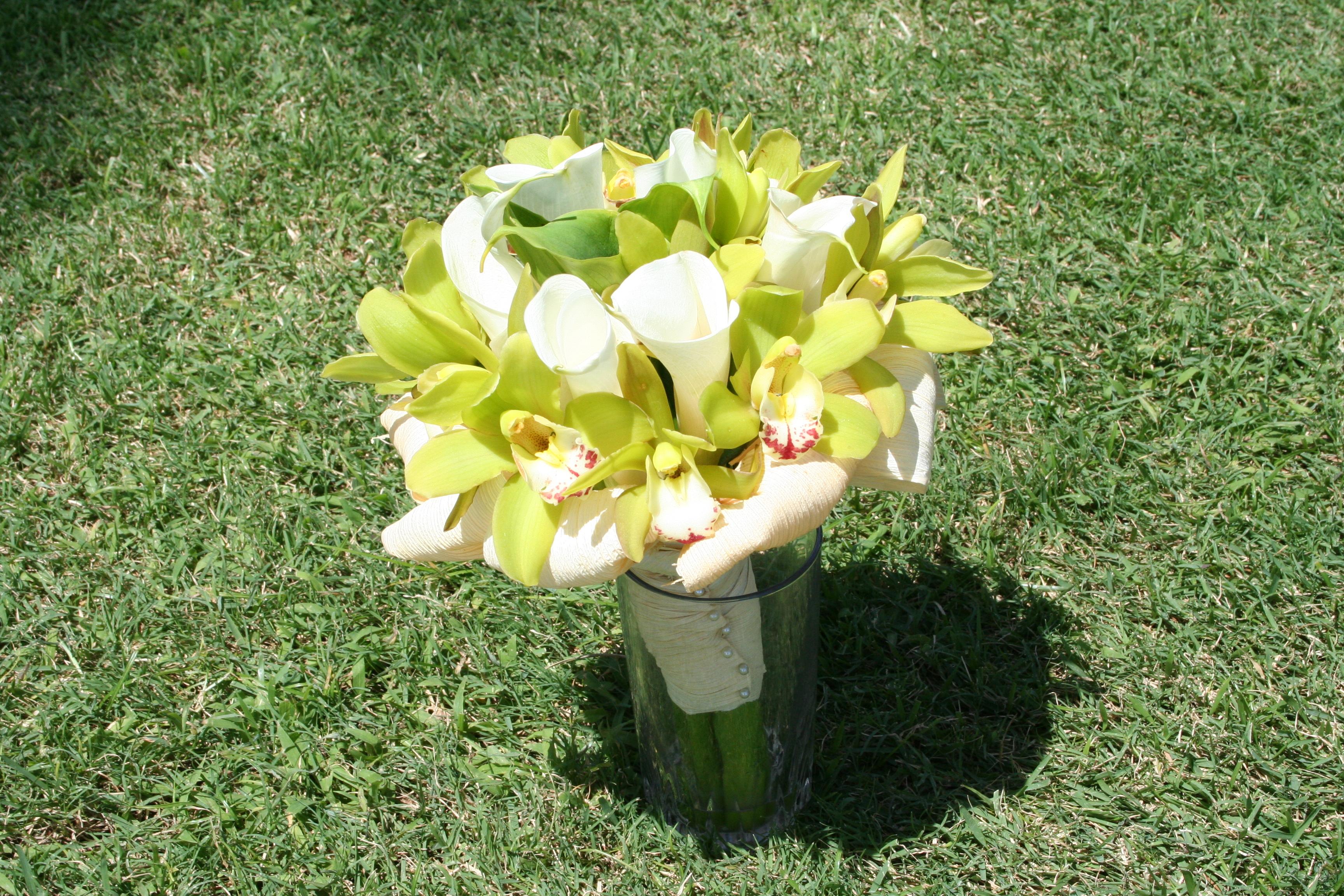 Flowers & Decor, white, green, Bride Bouquets, Flowers, Bouquet, Orchid, Tropical, Unique, Floral, Designer, Design, Florist, Maria, Masterson