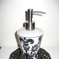 white, black, And, Damask, Soap, Pump