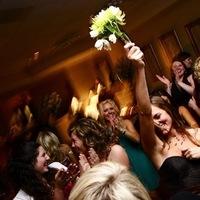 Reception, Flowers & Decor, Bridesmaids, Bridesmaids Dresses, Beach Wedding Dresses, Fashion, Beach, Bride, Beach Wedding Flowers & Decor, Bouquet, Rose, Toss, Newport, Felicia perry photography, Turnip