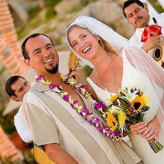 Beach, Wedding, Couple, Mariachi, Los, Smile, Smiling, Cabos