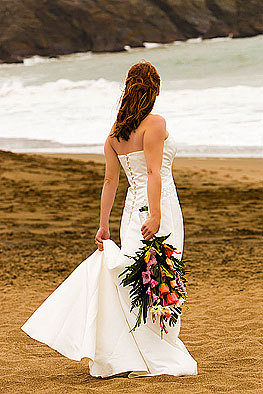 Wedding Dresses, Beach Wedding Dresses, Fashion, dress, Beach, Bouquet, Back, Sand, San, Francisco, Shoot, Pose