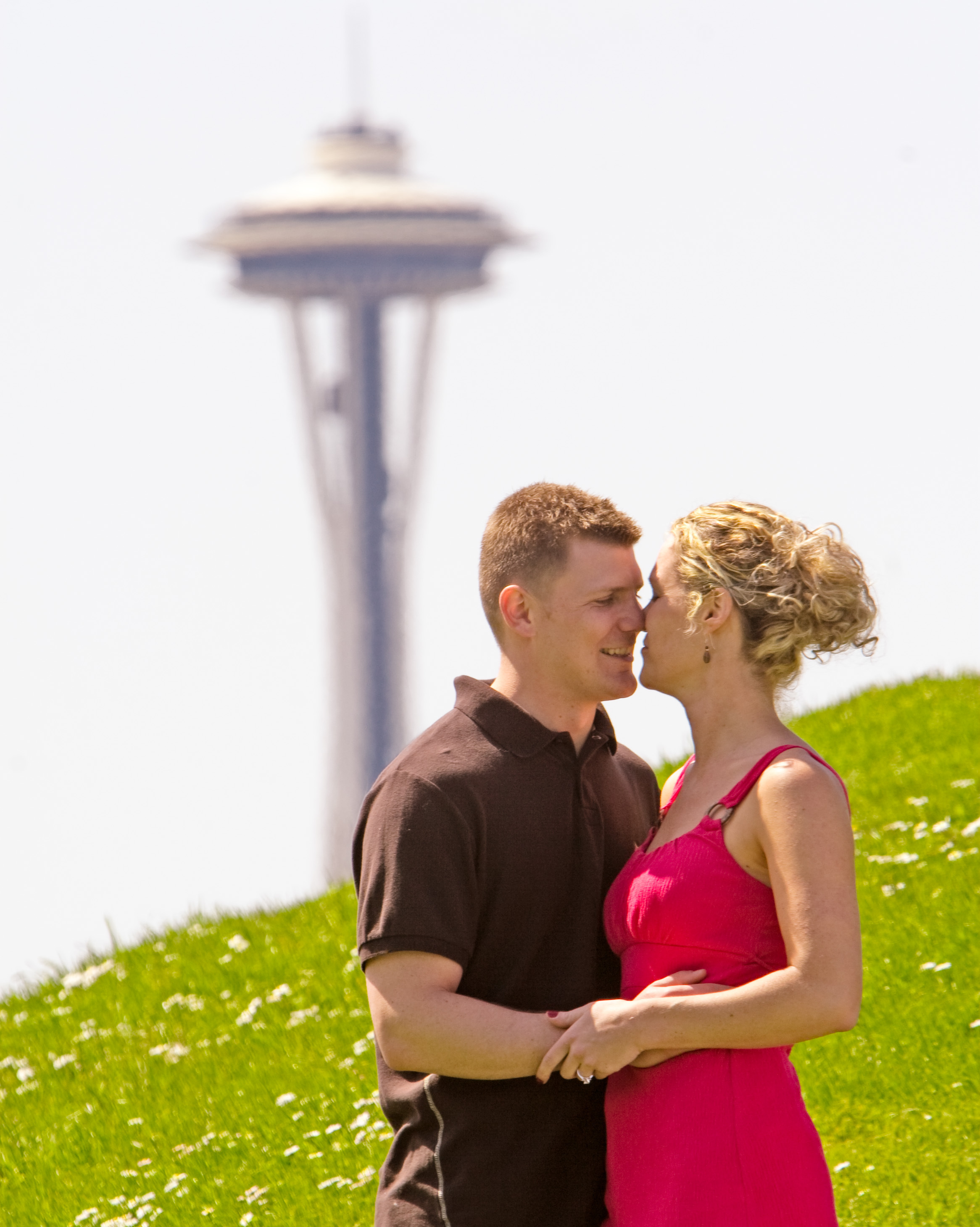Photography, Portrait, Kiss, Couple, Engagement, Park, County, Seattle, Firstlight photography, Tacoma, Firstlight, King, Gasworks