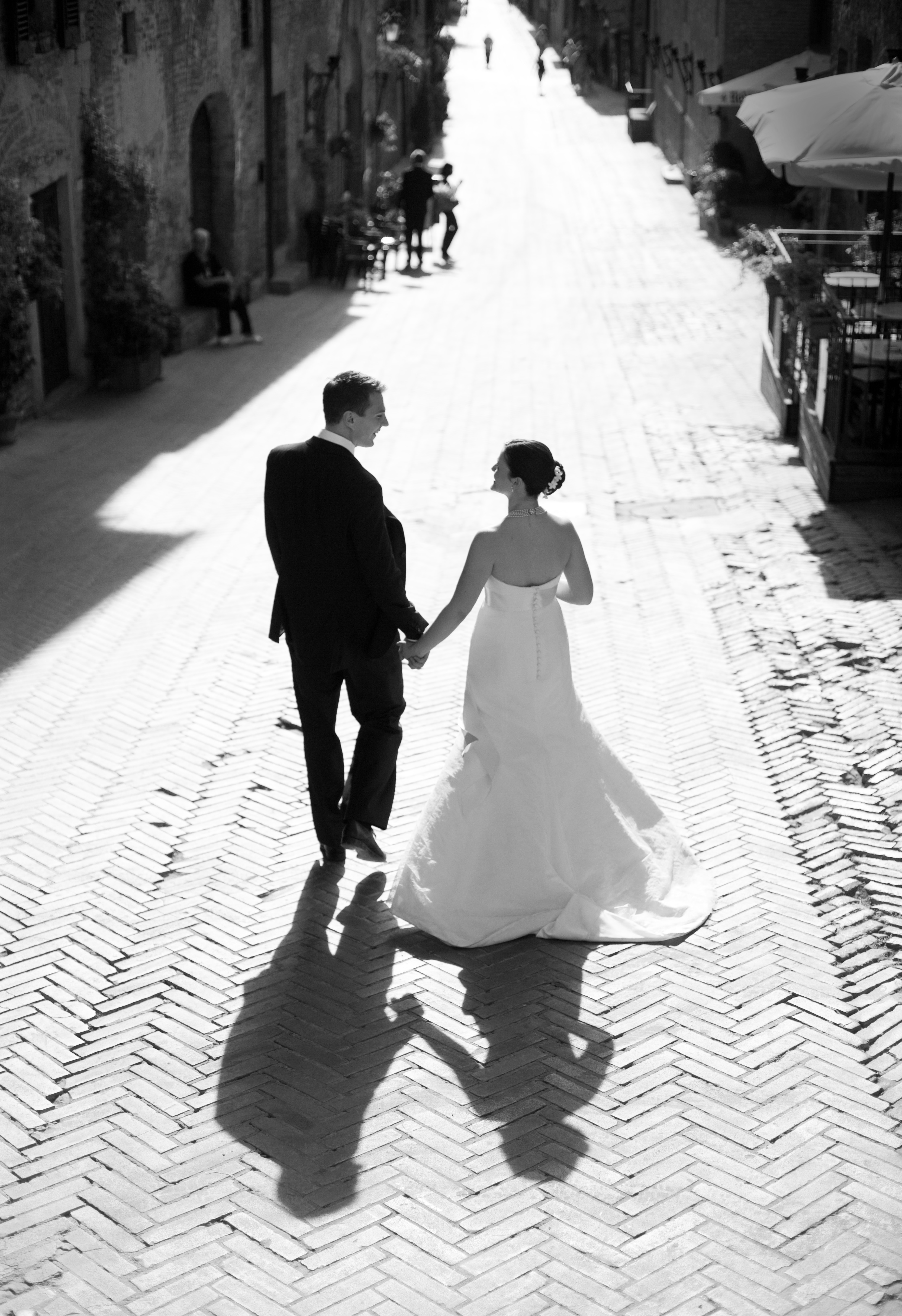 Veils, Photography, Destinations, Fashion, white, black, Europe, Bride, Groom, Veil, And, Destination, Couple, italy, York, New, Bw, Charleston, Corbin gurkin photography, Tuscany, Shadow, Corbin, Gurkin