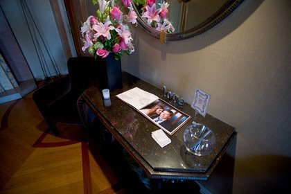 Reception, Flowers & Decor, Guestbook, Photo book, Tealight weddings events