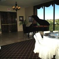 Piano, Lobby, Grand, Saguaro buttes