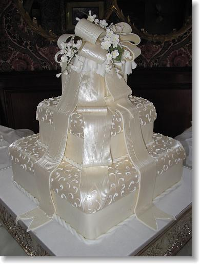 Cakes, cake, Classic Wedding Cakes, Wedding, Simon lee bakery