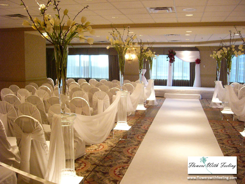 Ceremony, Flowers & Decor, Wedding, Hotel, Tulips, Chicago, Flowers with feeling, Wyndham