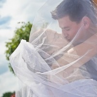 Veils, Romantic Wedding Dresses, Fashion, Classic, Veil, Romantic, Kissing, Rascon design photography, Classic Wedding Dresses