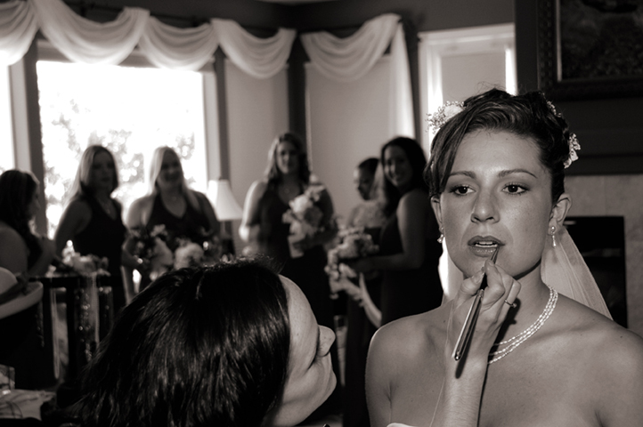 Bride, Preparation, Brides, Candid, Maids, Kevin lozaw photography, Lipstick