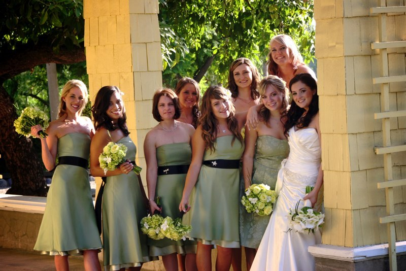 Flowers & Decor, Bridesmaids Dresses, Wedding Dresses, Fashion, green, dress, Bridesmaid Bouquets, Flowers, Bridesmaid, Flower Wedding Dresses