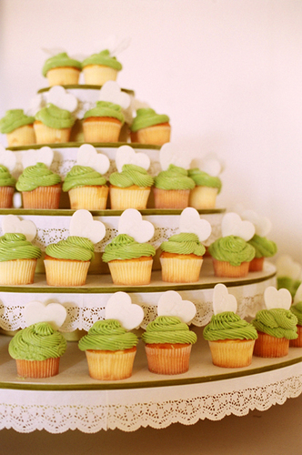 Reception, Flowers & Decor, green, Cupcakes