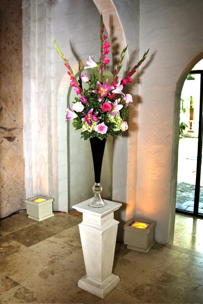 Flowers & Decor, Flowers, Arrangement, Altar