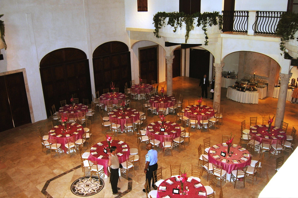 Reception, Flowers & Decor, pink, Garden, Tables & Seating, In, Tables, Oaks, Tuscany