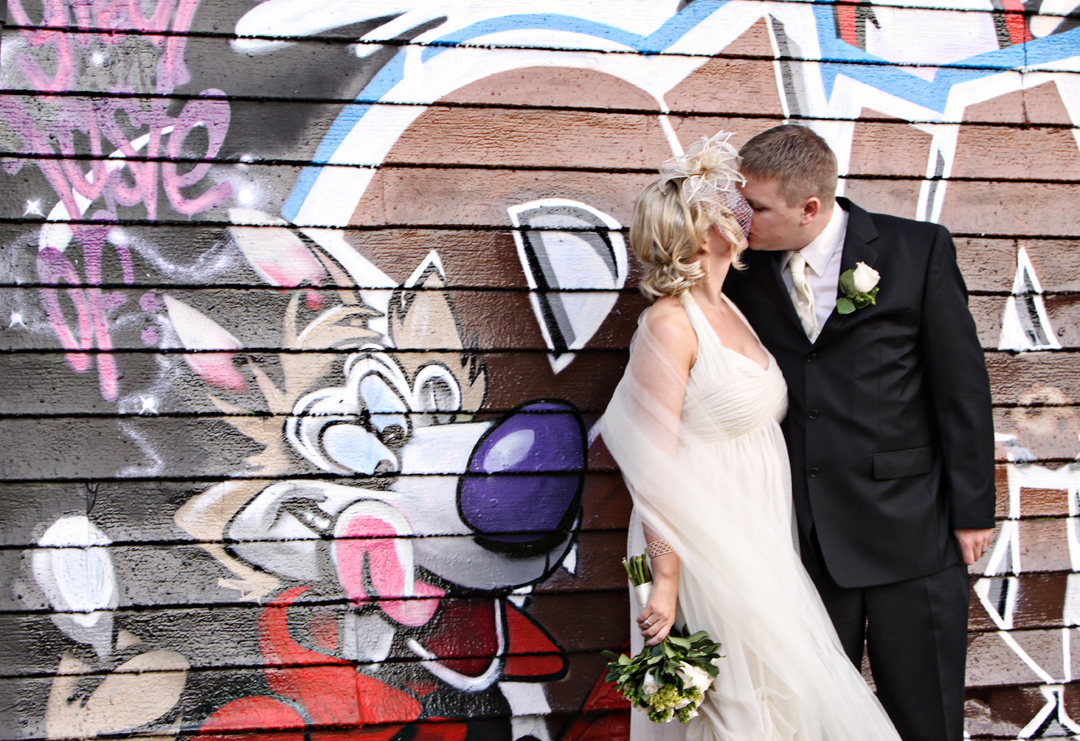 Destinations, North America, Bride, Groom, Wedding, New york, Grafitti, Michelle hayes photography, Long island city