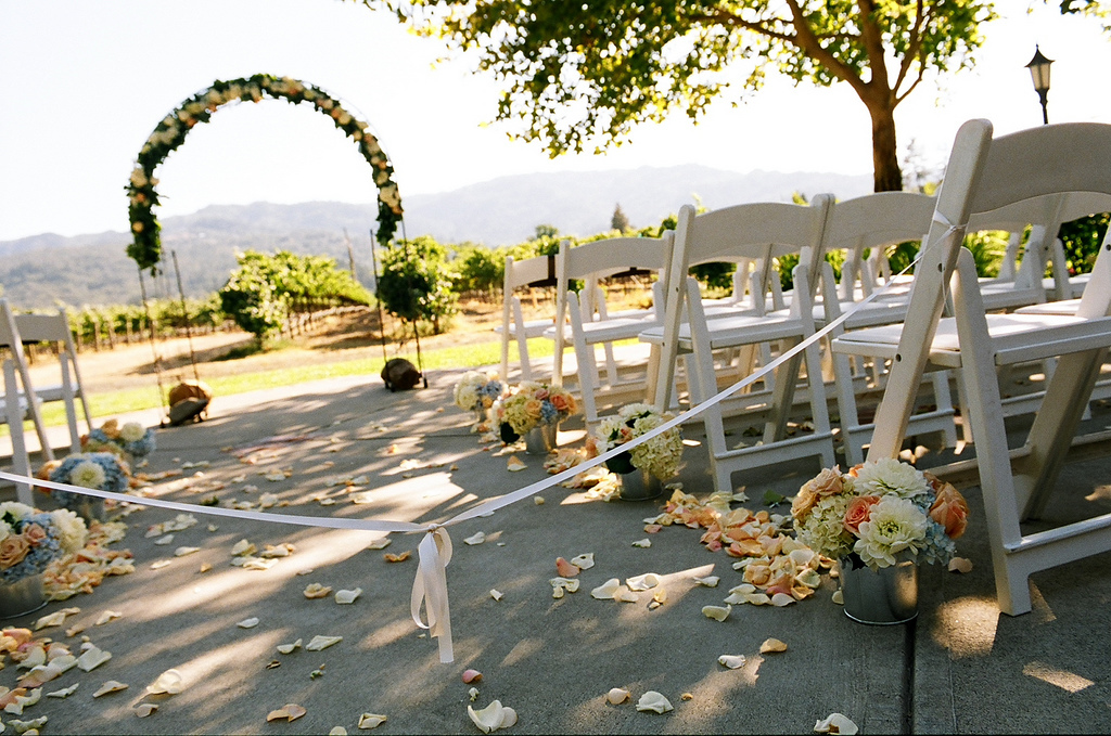 Ceremony, Flowers & Decor, Aisle, Setup, White chairs