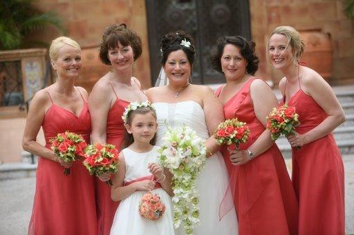 Flowers & Decor, Bridesmaids, Bridesmaids Dresses, Fashion, Bride Bouquets, Bridesmaid Bouquets, Bride, Flowers, Flower girl, Flowers by fudgie, Flower Wedding Dresses