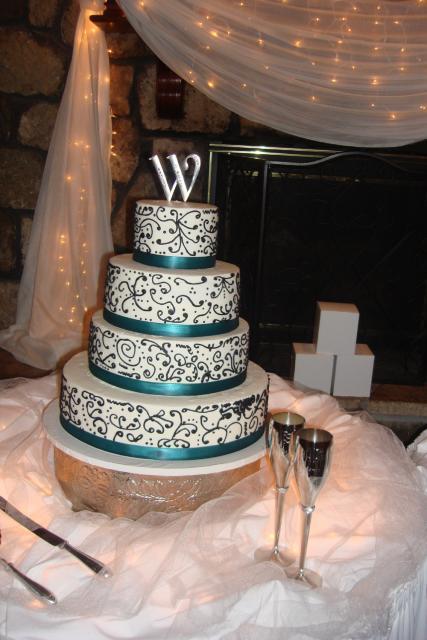 Cakes, cake, Create-a-cake bakery